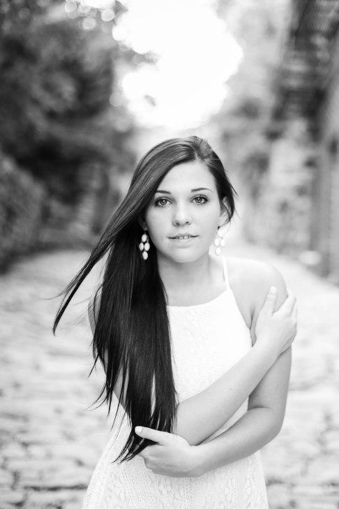 olivia_senior_portraits-123