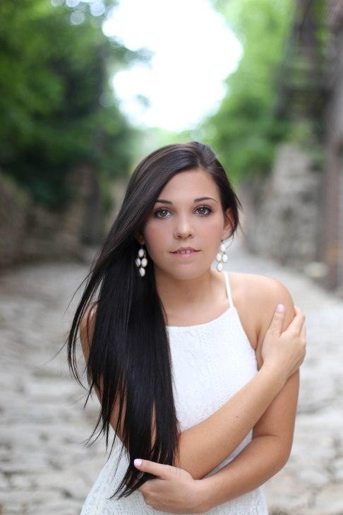 olivia_senior_portraits-124